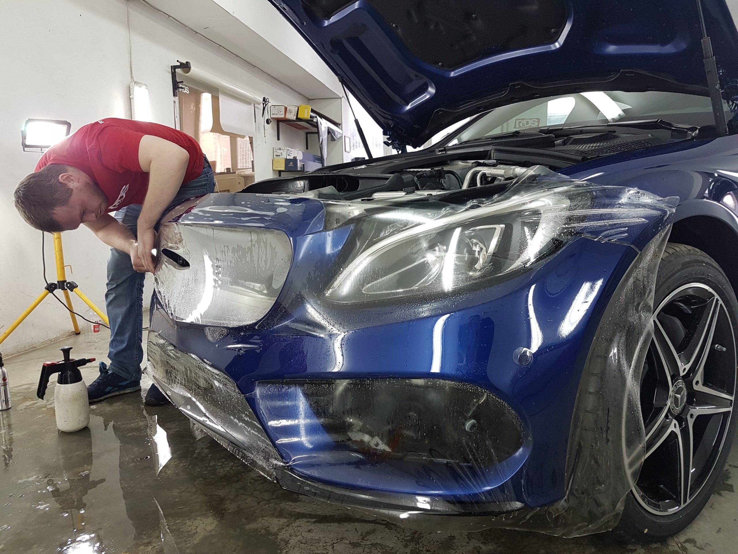 Фото бронирования бампера Mercedes-Benz